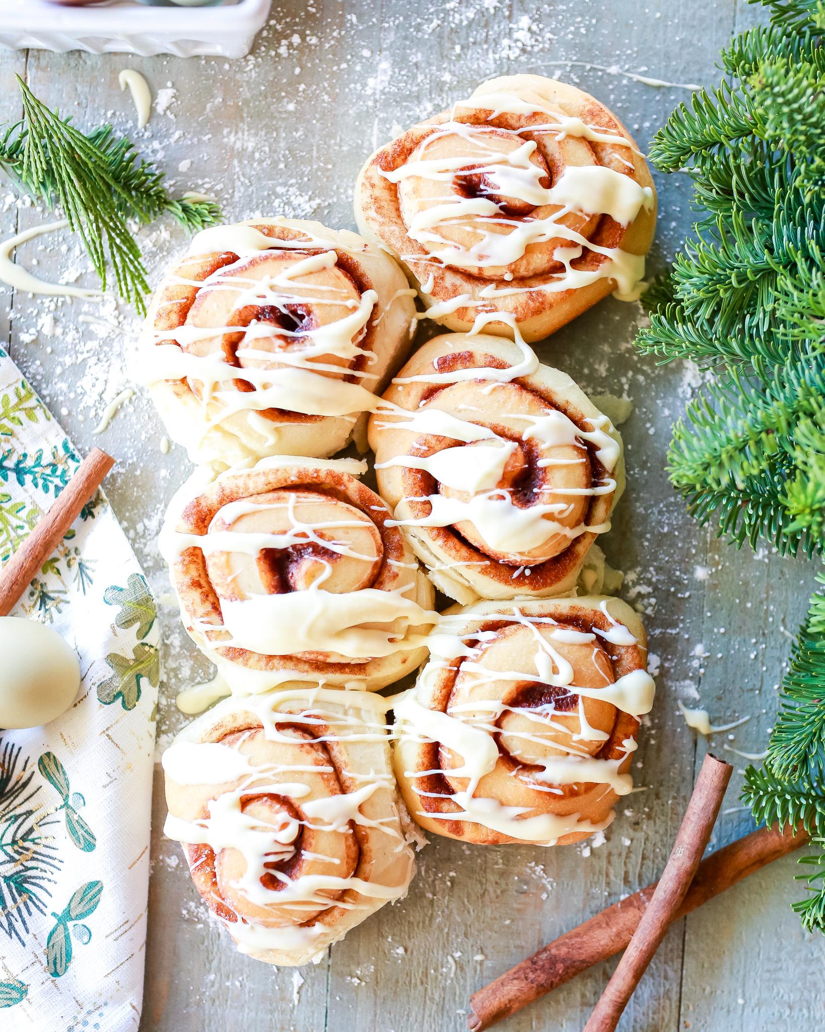Egg nog cinnamon rolls recipe