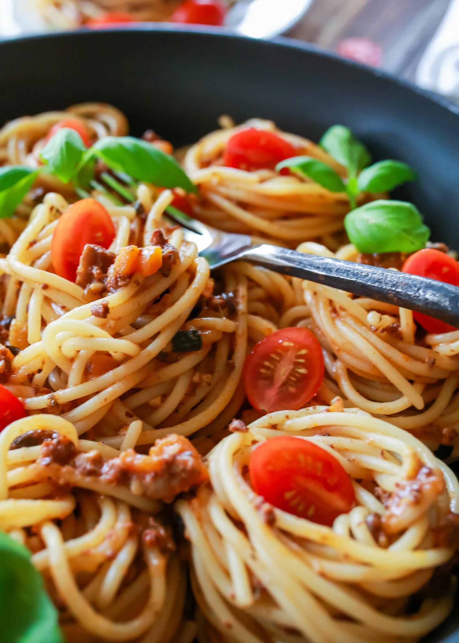 Best homemade spaghetti sauce recipe ever!